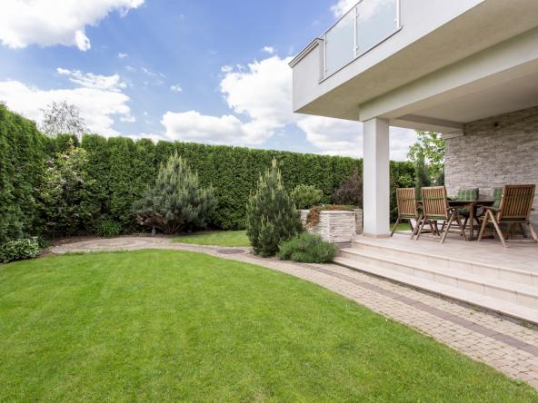 Modern house with beauty garden